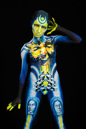 Body painting winner Parhatskaja Evgenia, Sweden, 3rd place