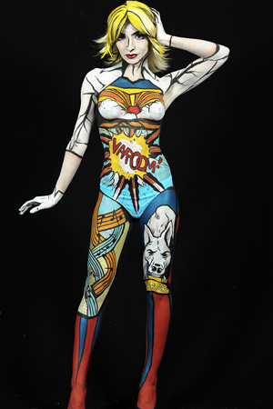 Bettina Strodl wins amateur body painting competition